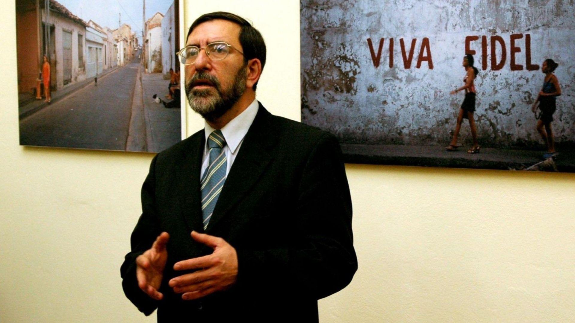 Филип Димитров: Като се махнат тези, отвън ли ще внасяме политици или от съседна галактика