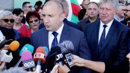 Румен Радев: Никога не съм снемал подкрепата си от г-жа Нинова