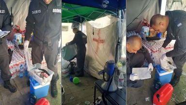 """Обискираха палатките на майките от """"Системата ни убива"""" (видео)"""