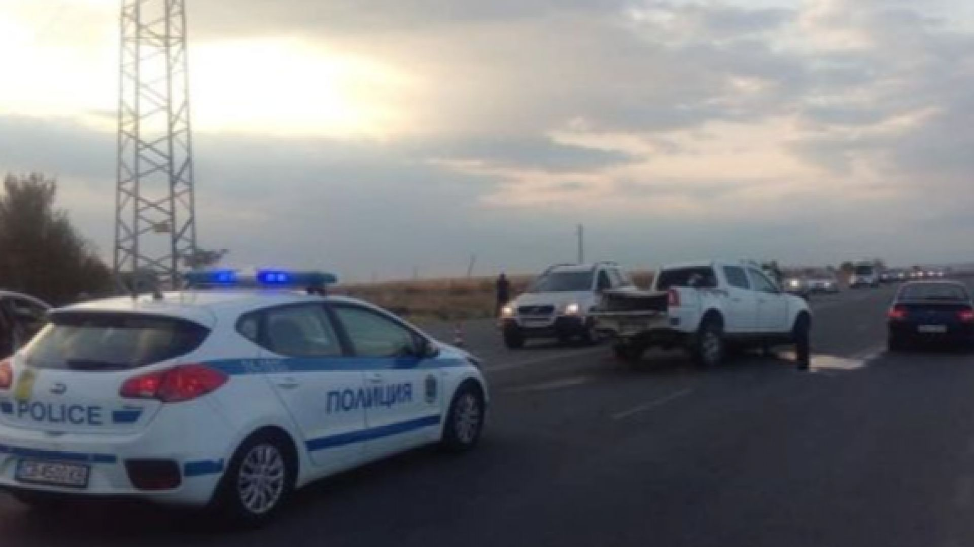 Мъж загина при верижна катастрофа между Костинброд и Волуяк, има ранени