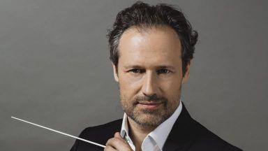 Маестро Саша Гьотцел представя Малер със Софийската филхармония