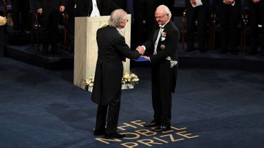 Церемонията за връчване на Нобеловите награди за наука и литература също е отменена