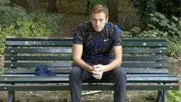Банковите сметки на Навални са замразени, а върху апартамента му  е наложен запор