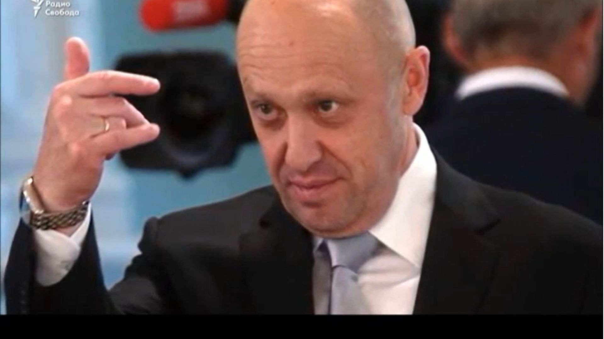 """""""Готвачът"""" на Путин иска от Навални 840 000 евро заради клевета"""
