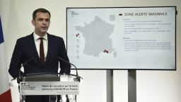 Ситуацията във Франция се влошава: затвориха заведенията в Марсилия