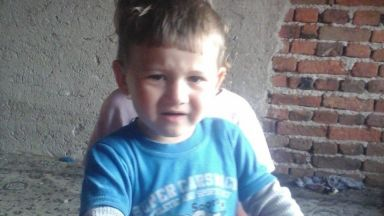 МВР обяви за издирване малкия Мехмед, прокуратурата разследва отвличане