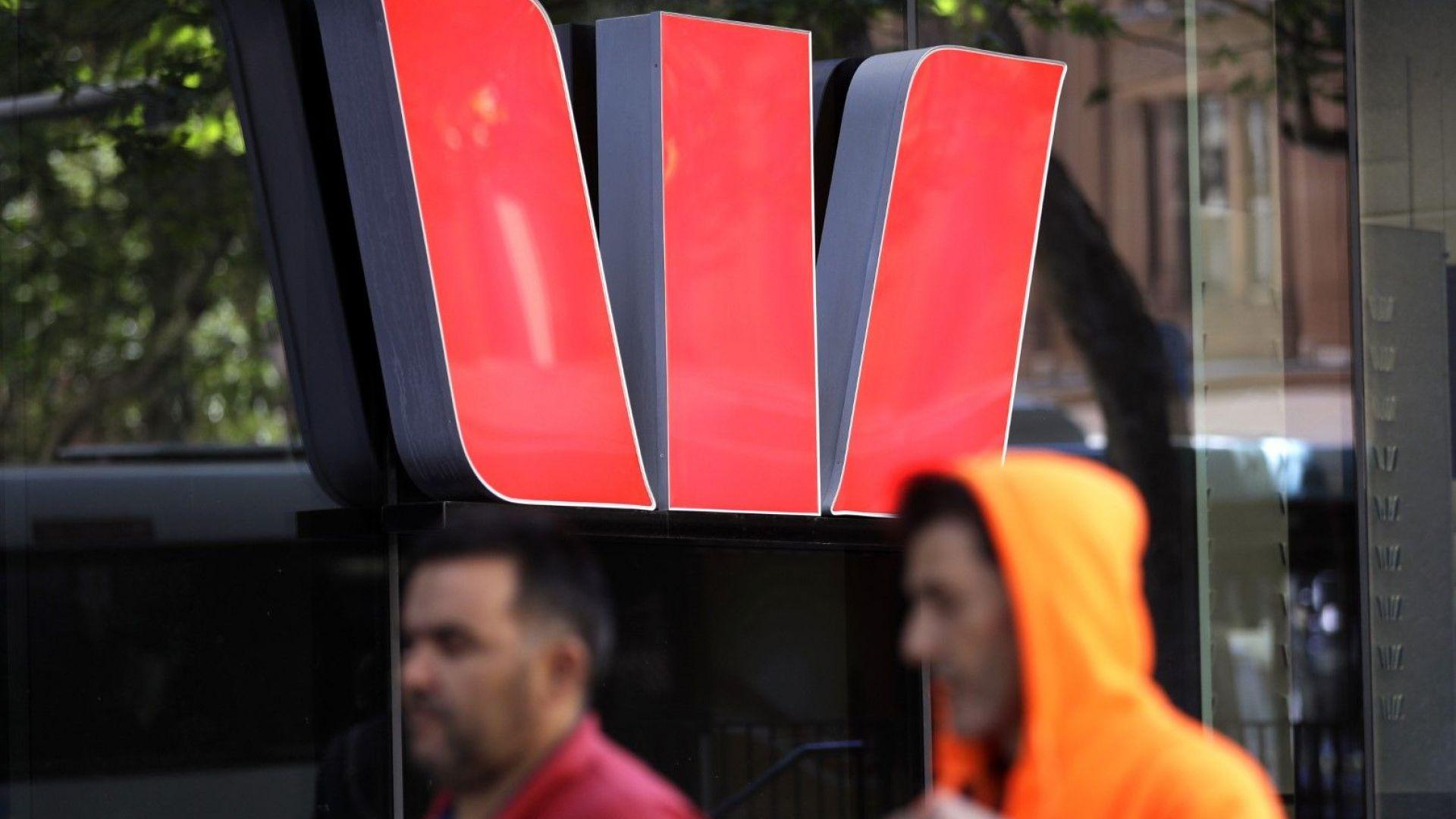 Втората по големина австралийска банка плаща рекордна глоба за пране на пари
