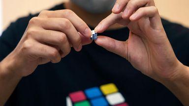 Миниатюрно кубче на Рубик излезе в продажба в Япония