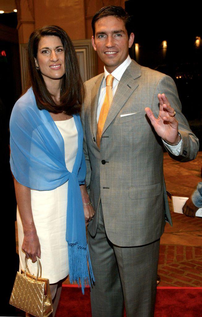 Джим Кавийзъл със съпругата си Кери