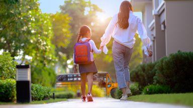 Как ще оцелеем като родители по време на пандемия?