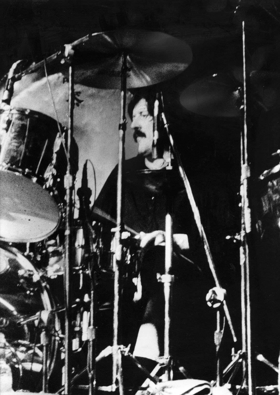 Барабанистът на Led Zeppelin Джон Бонъм на концерт на групата в Западна Германия, 1978 г.