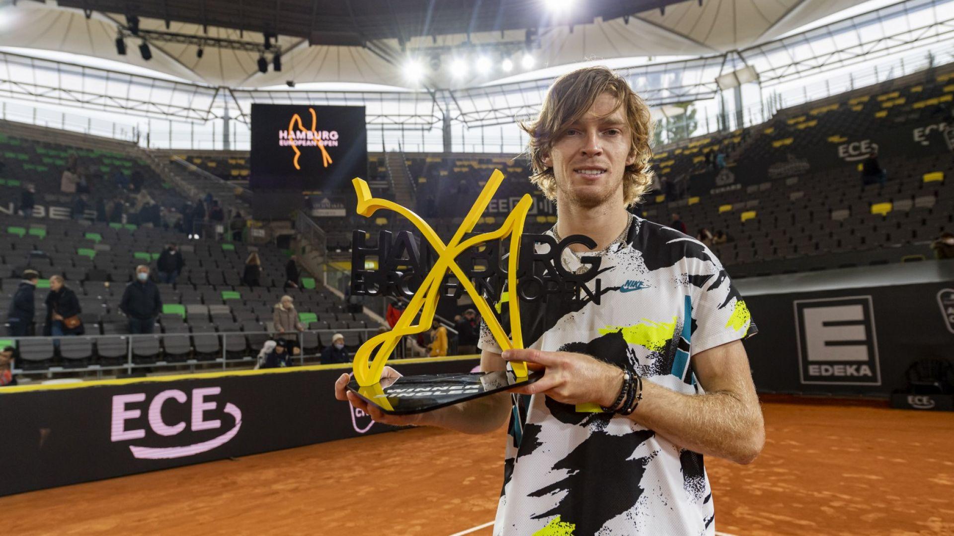 Рубльов надви Циципас и спечели трета титла за годината