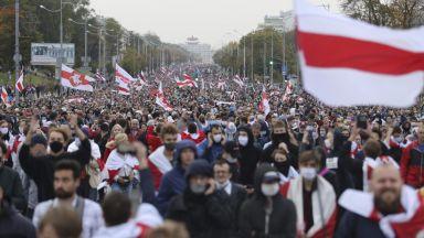 Над 100 хиляди души в Беларус излязоха  на протестни шествия срещу Лукашенко