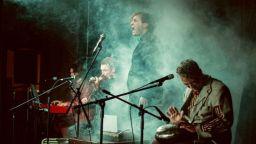 """Театрално-музикален пърформанс, вдъхновен от създателя на """"Нова генерация"""" Димитър Воев"""