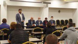 ГЕРБ поиска от беглец при Цветанов да напусне Общинския съвет