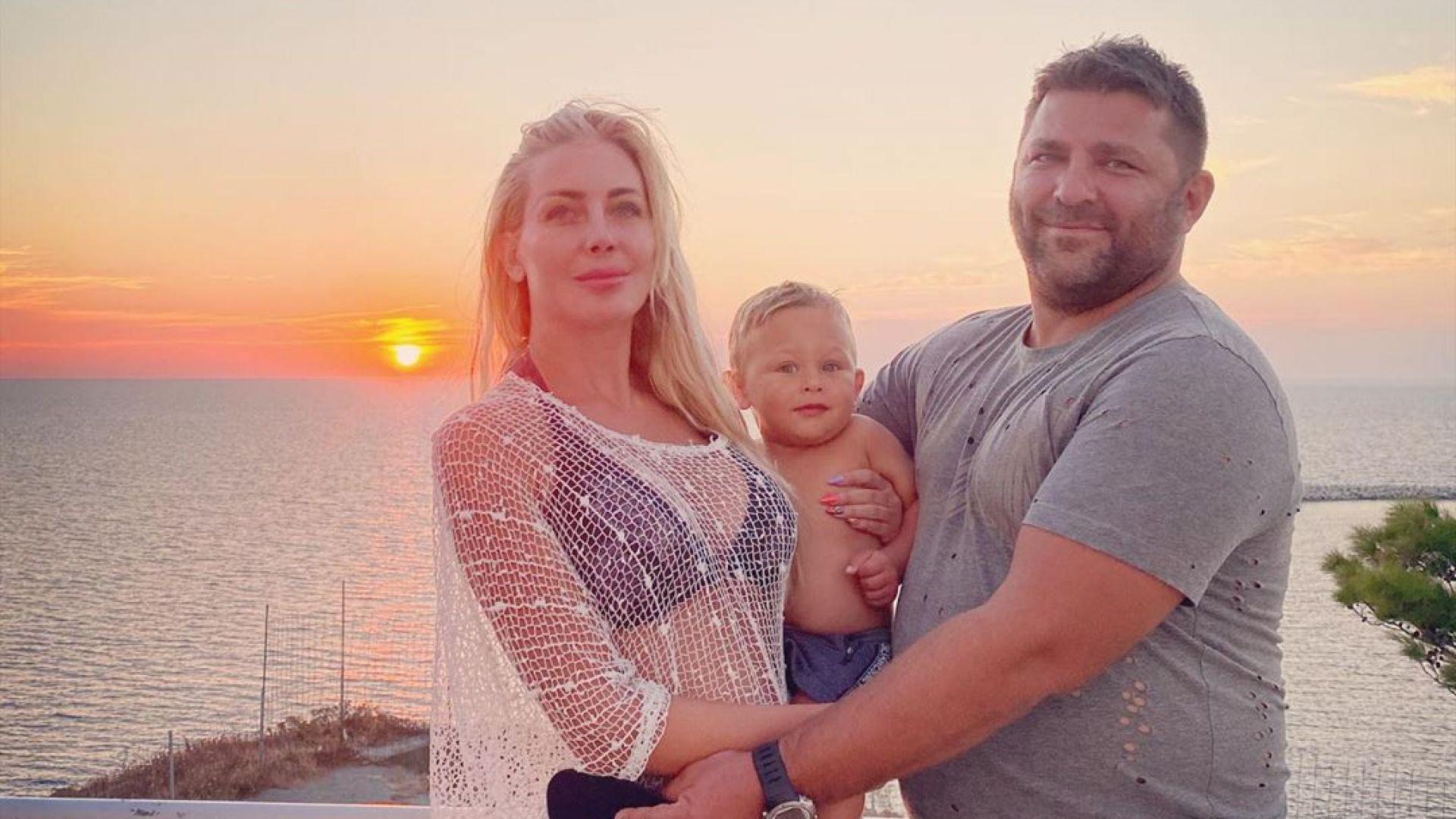 Съсед тормози семейството на Антония Петрова (снимки и видео)