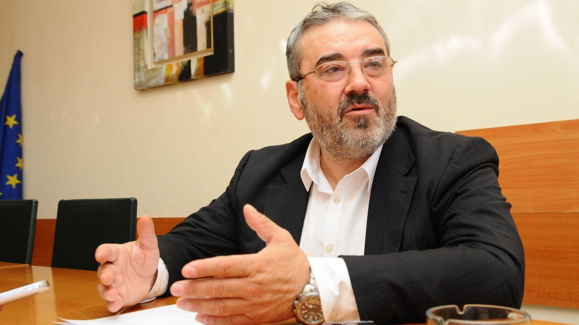 Спецсъдът даде ход на делото срещу бившия шеф на ДКЕВР Ангел Семерджиев