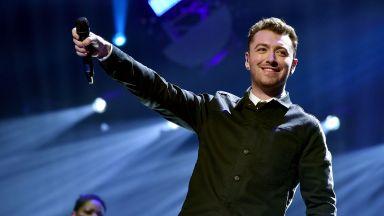 Певецът Сам Смит обяви виртуален концерт