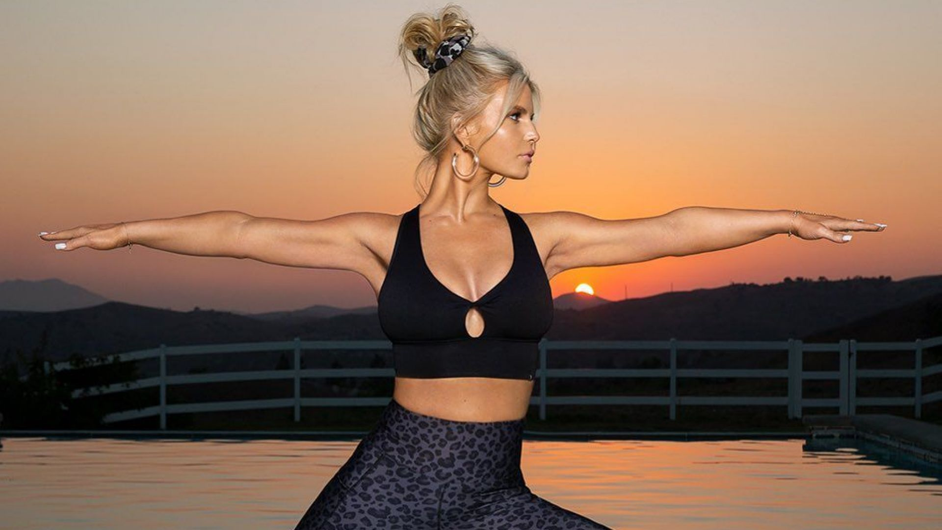 Невероятна трансформация: Джесика Симпсън отново изкушава с перфектна фигура