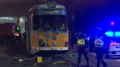 Тежка катастрофа между камион и трамвай в София