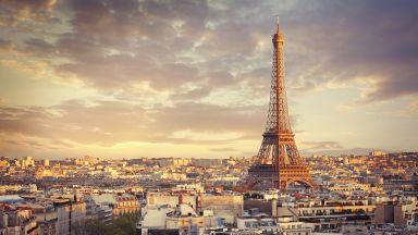 Мошеник продава Айфеловата кула за скрап, смятали, че ще падне и ще размаже Нотр Дам или Лувъра (ВИДЕО)