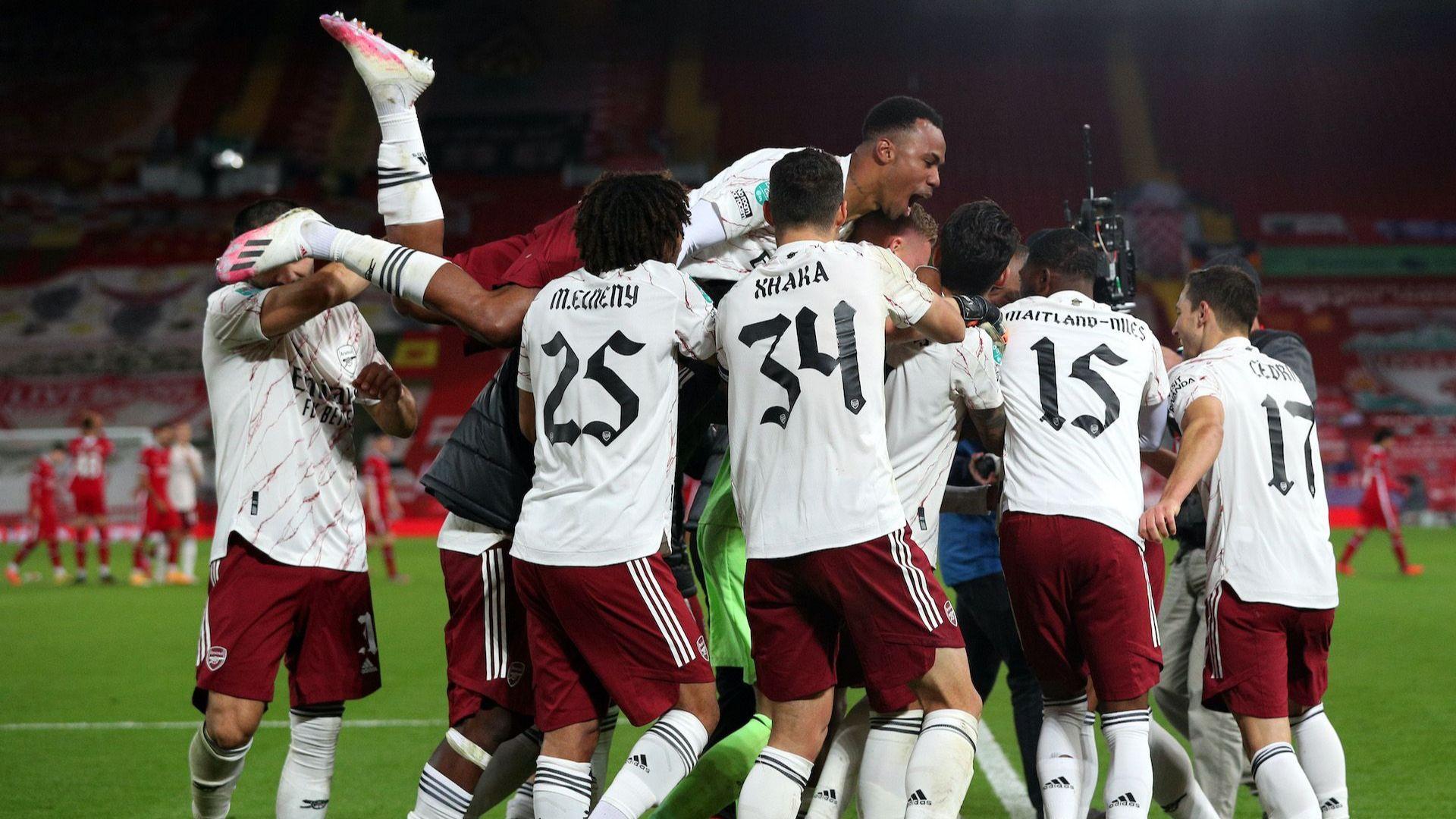 """Дузпи на """"Анфийлд"""" пратиха Арсенал на четвъртфинал за Купата на Лигата"""