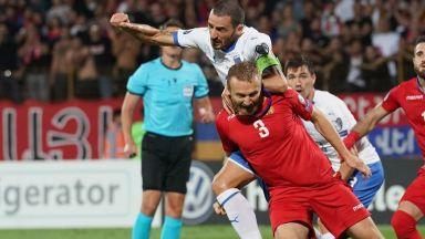 Капитанът на Армения спря с футбола, за да се бие за родината