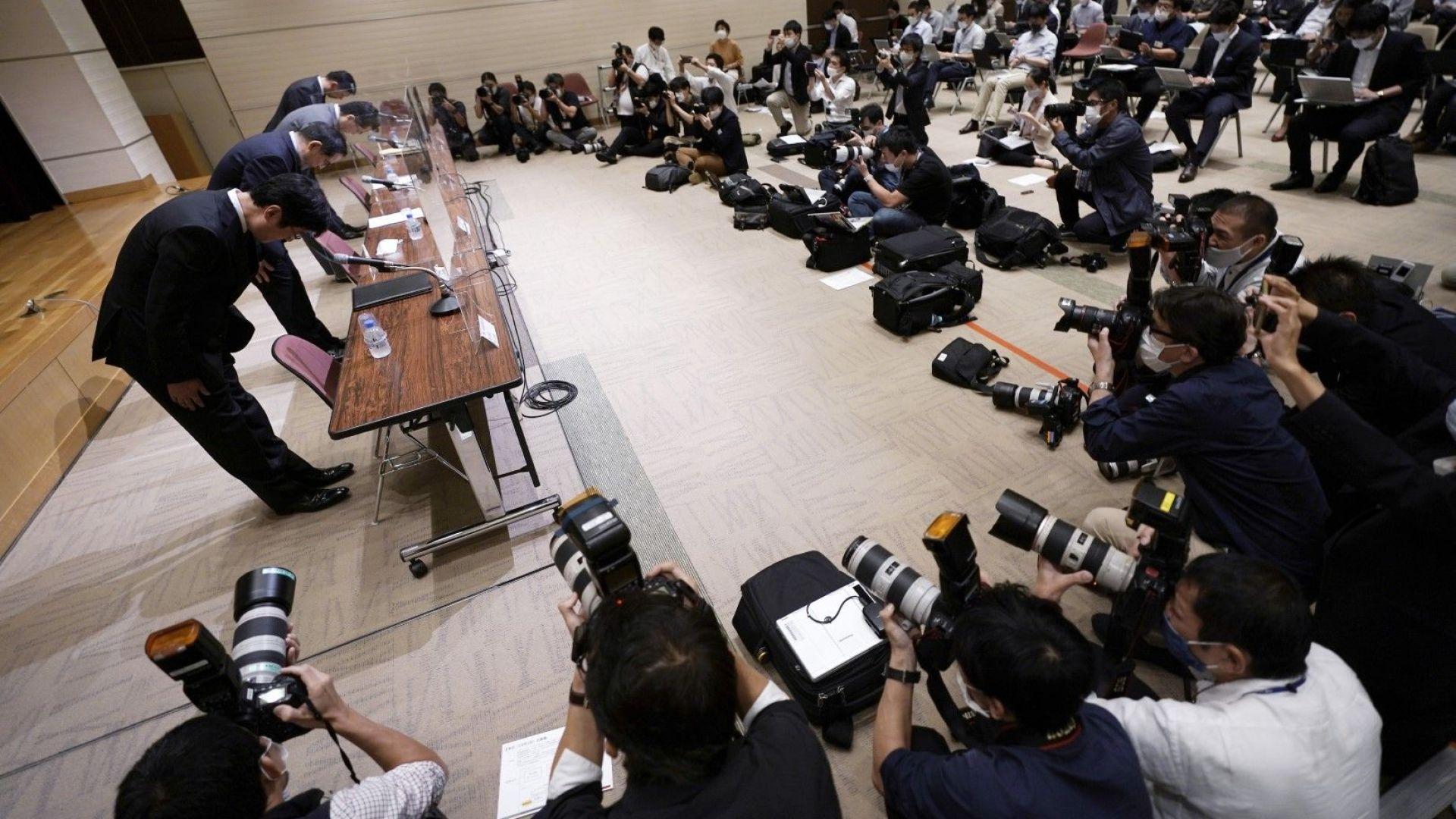 """""""Фуджицу"""" се извини за срива на Токийската фондова борса"""
