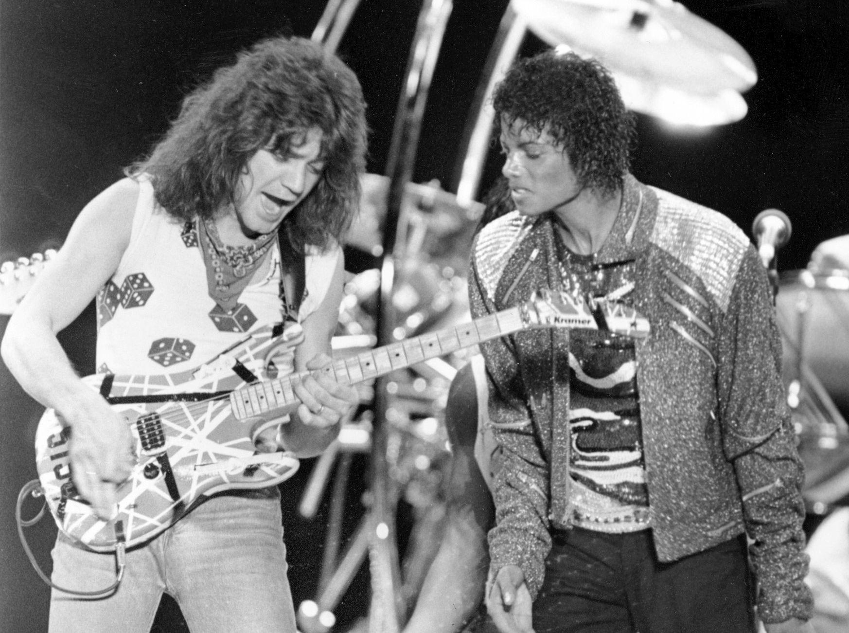 Eди свири в парчето на Майкъл Джексън Beat it през 1984 г.