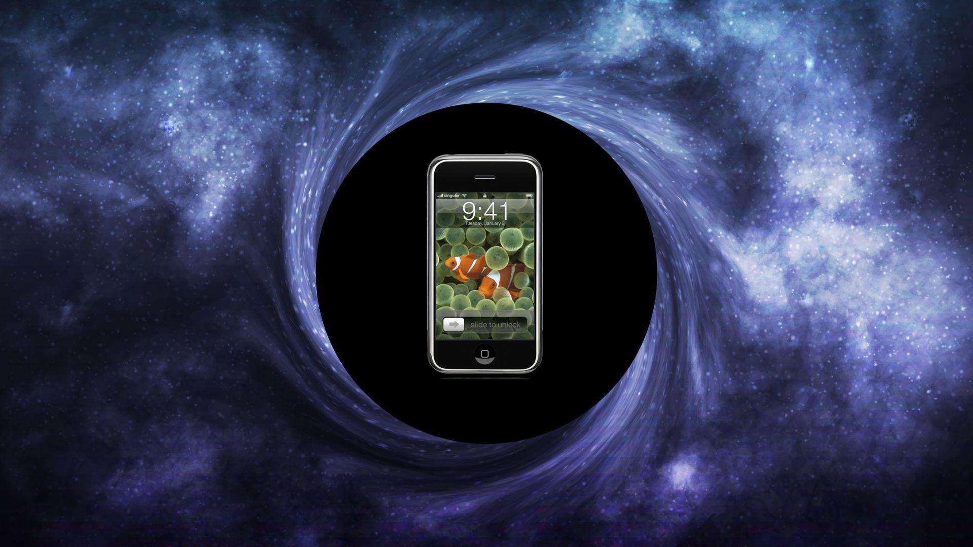 Какво свързва черните дупки със смартфоните