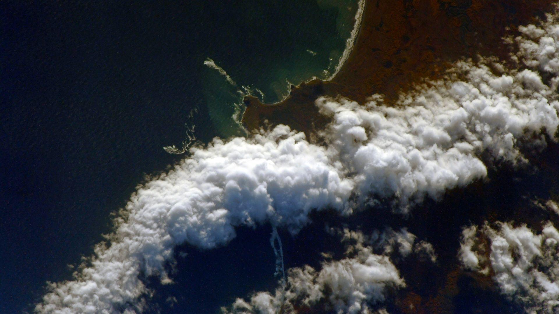 Космонавт засне замърсяването на Камчатка от орбита