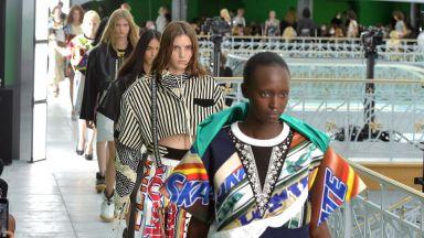 Louis Vuitton закри Парижката седмица на модата с колекция, предназначена за силните личности