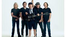 """AC/DC оглавиха класацията на """"Билборд"""" за албуми"""