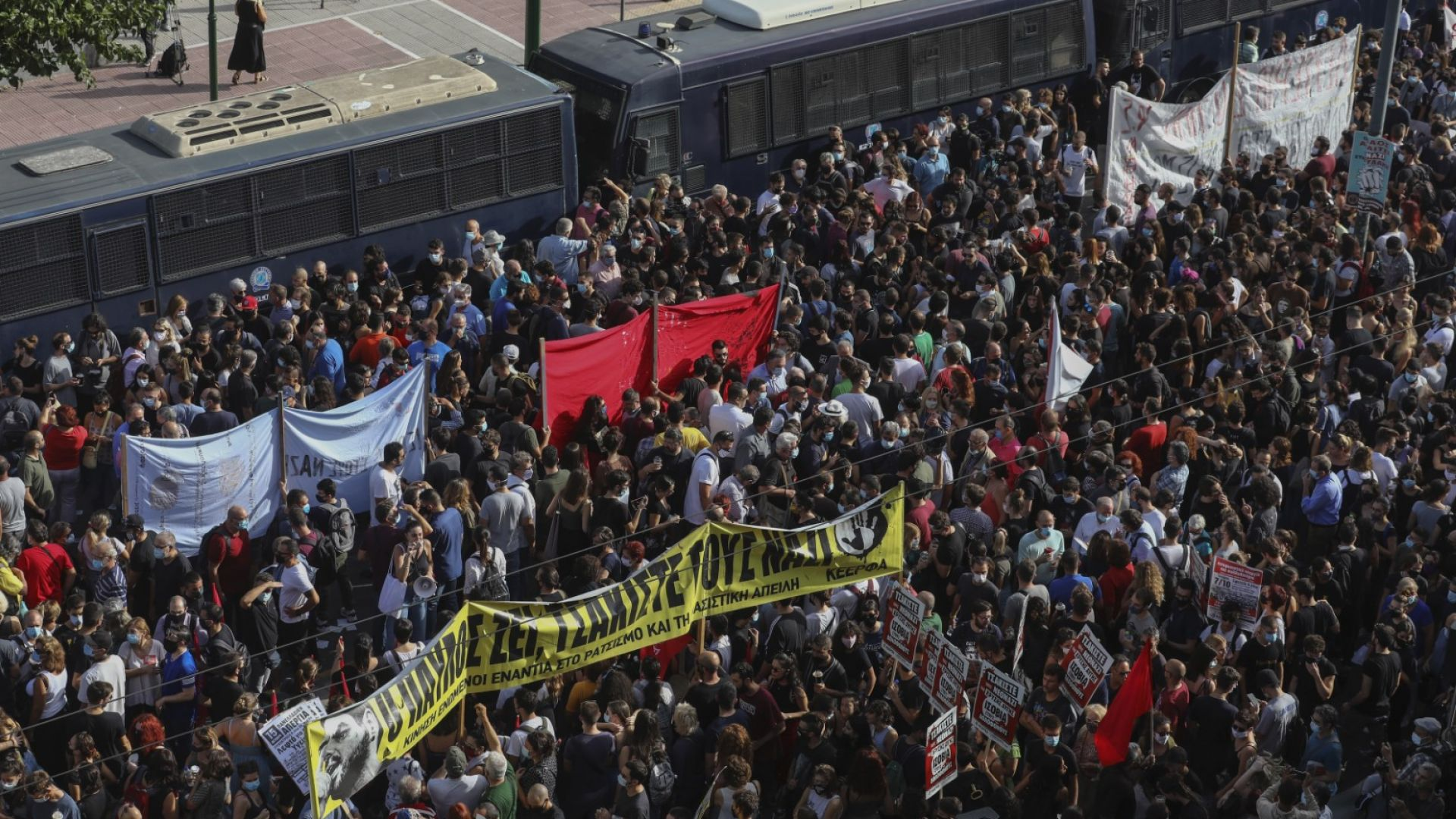 """Съдът призна лидери на """"Златна зора"""" за ръководители на престъпна организация"""
