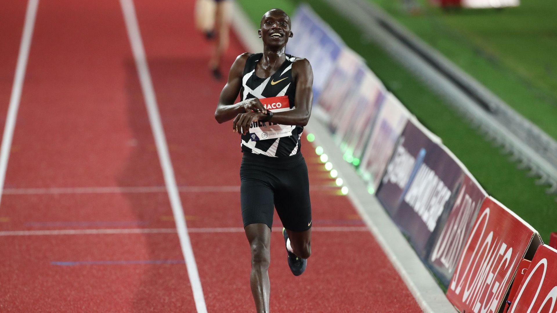 Властелинът от Уганда разби пореден световен рекорд