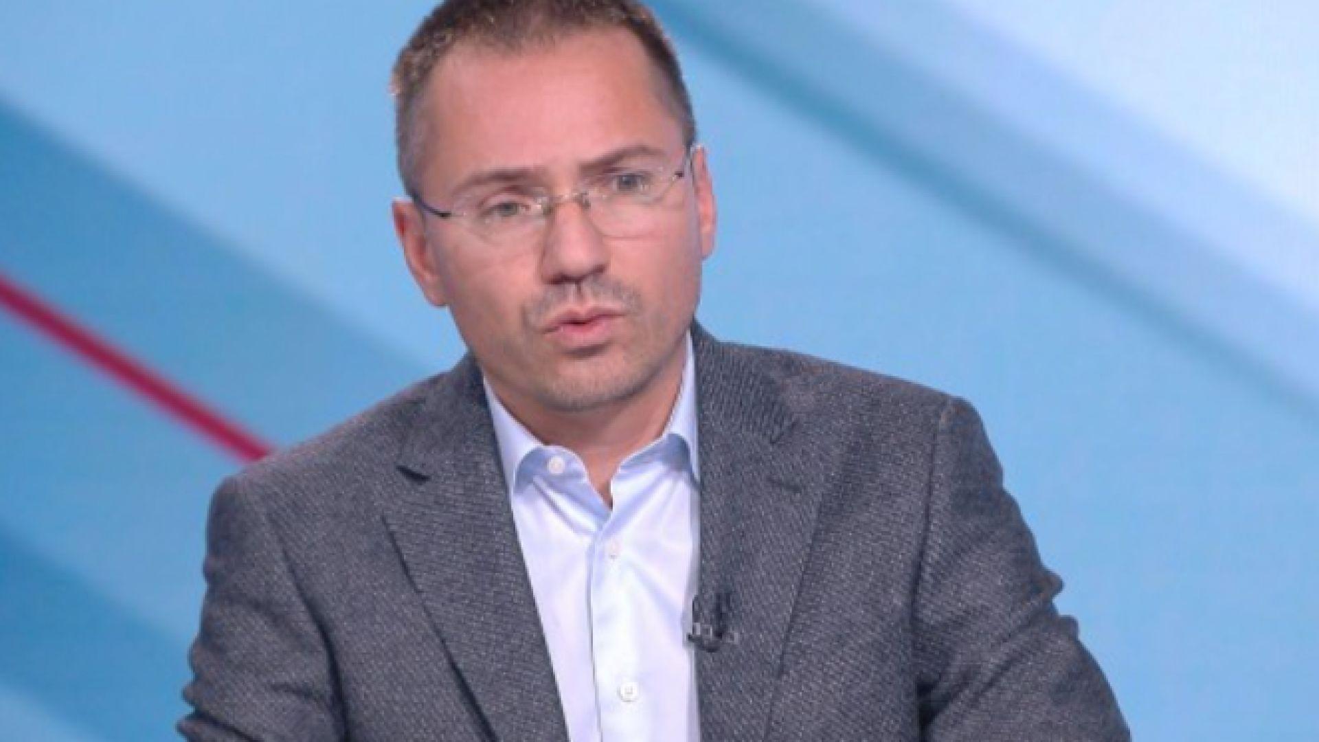"""Ангел Джамбазки: Резолюцията в ЕП е тежък автогол за БСП и """"Демократична България"""""""