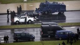 Тежки сблъсъци в Минск: Водни оръдия, зашеметяващи гранати, арести и ранени