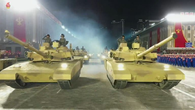 Новите севернокорейски танкове