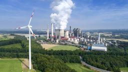 Ускореното съкращаване на въглеродните емисии може да задълбочи хаоса в енергетиката