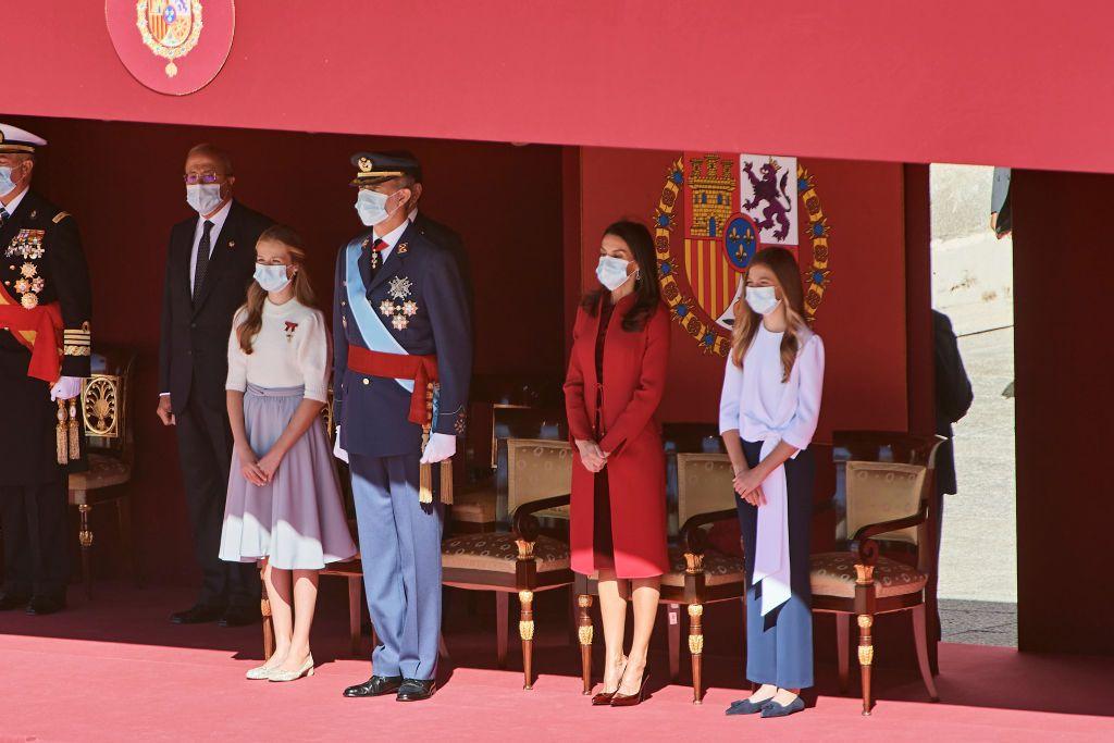 Испанското кралско семейство на Националния празник на Испания