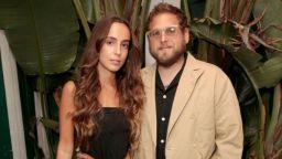 След по-малко от година: Джона Хил се раздели с годеницата си