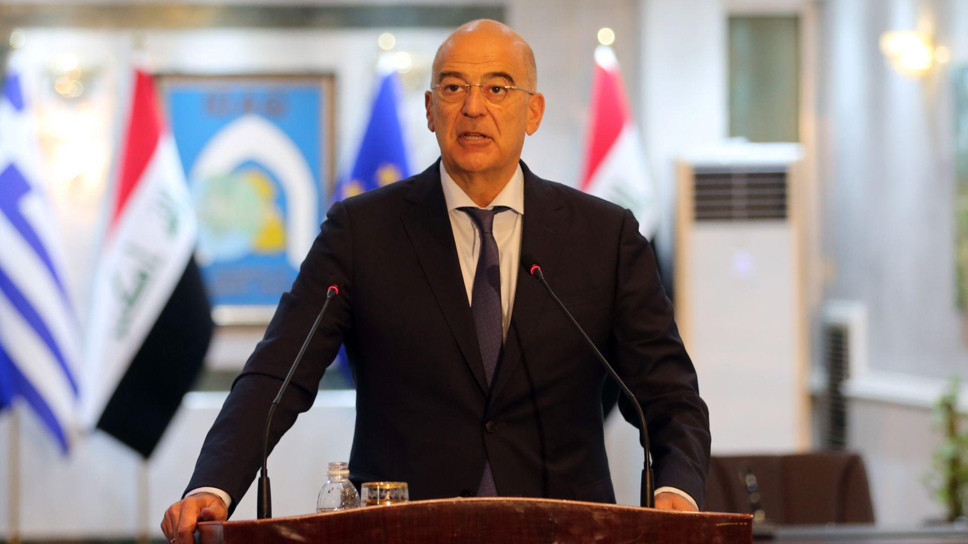 Турция отказа разрешение за прелитане на гръцкия външен министър