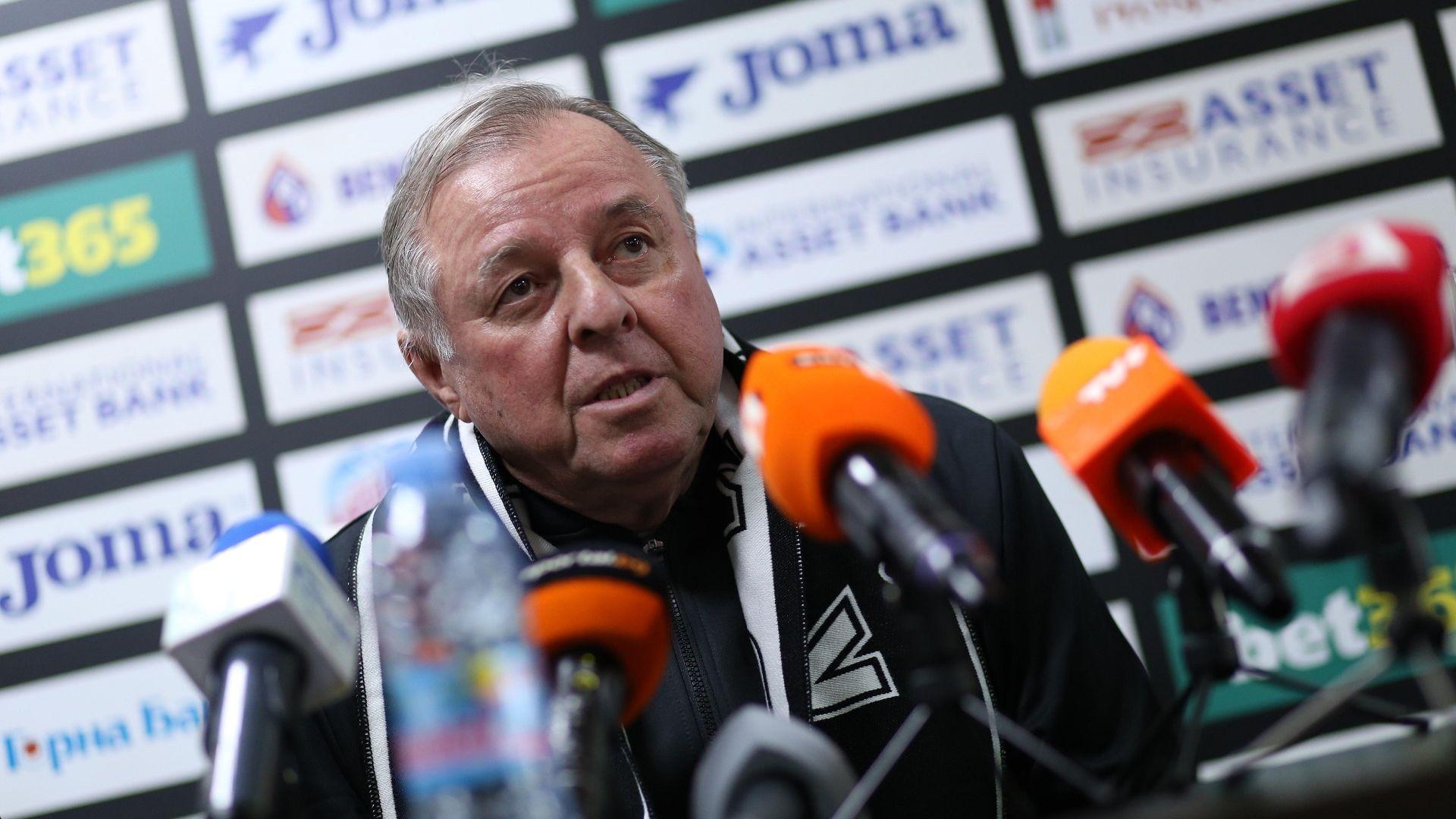 """""""Славия"""" представи новия си треньор, той видя прогрес във футбола ни"""
