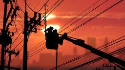 Разпределителната мрежа e подарила 1 г. безплатна енергия на потребителите