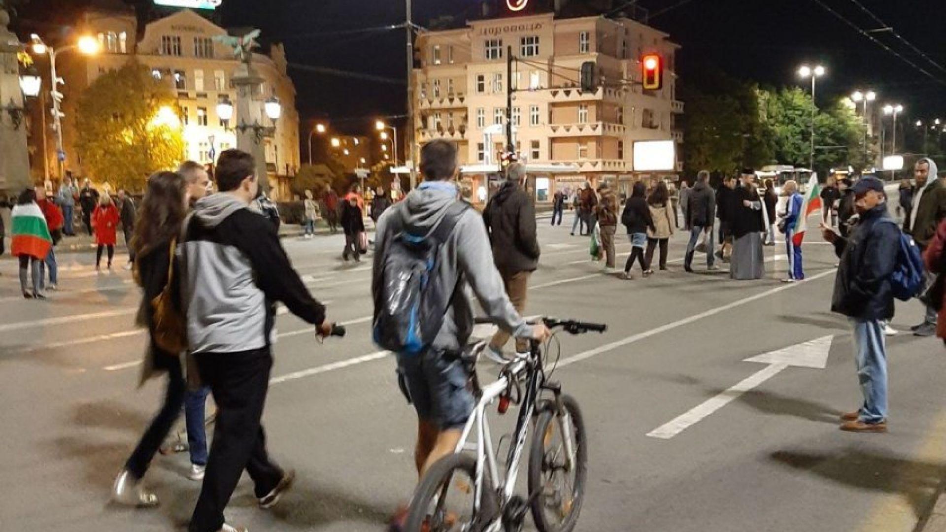 "101 ден на протест: Предупреждение за 4-часова блокада на ""Цариградско шосе"" в неделя"