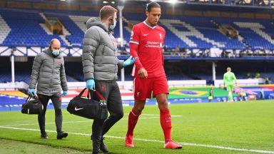 Сериозен удар за Ливърпул: Ван Дайк аут до края на сезона след тежкото влизане