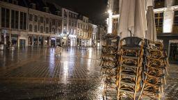 Великобратания, Франция и Италия отчитат спад на заразените при локдауна