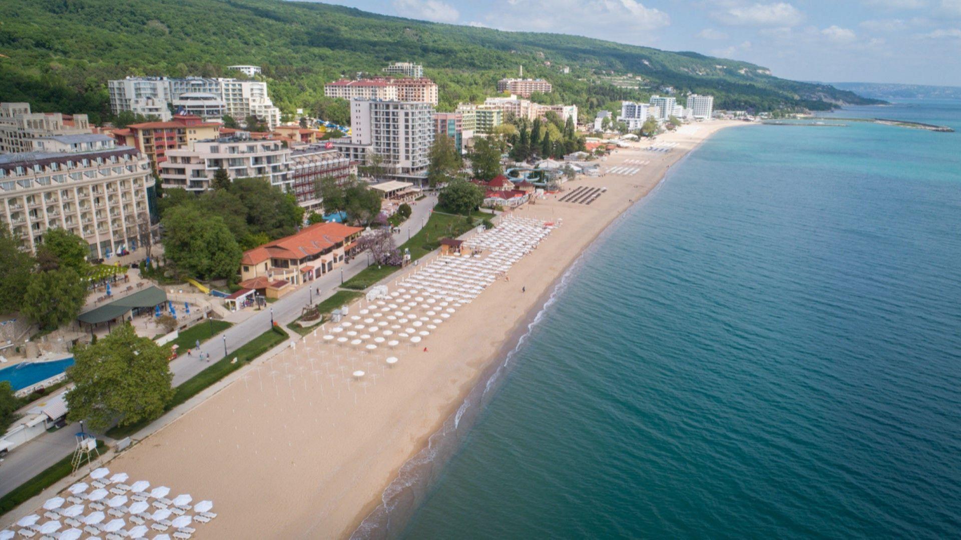 """Вестник """"Ромъния либера"""": Румънците  са били основните чуждестранни туристи  на българското крайбрежие"""