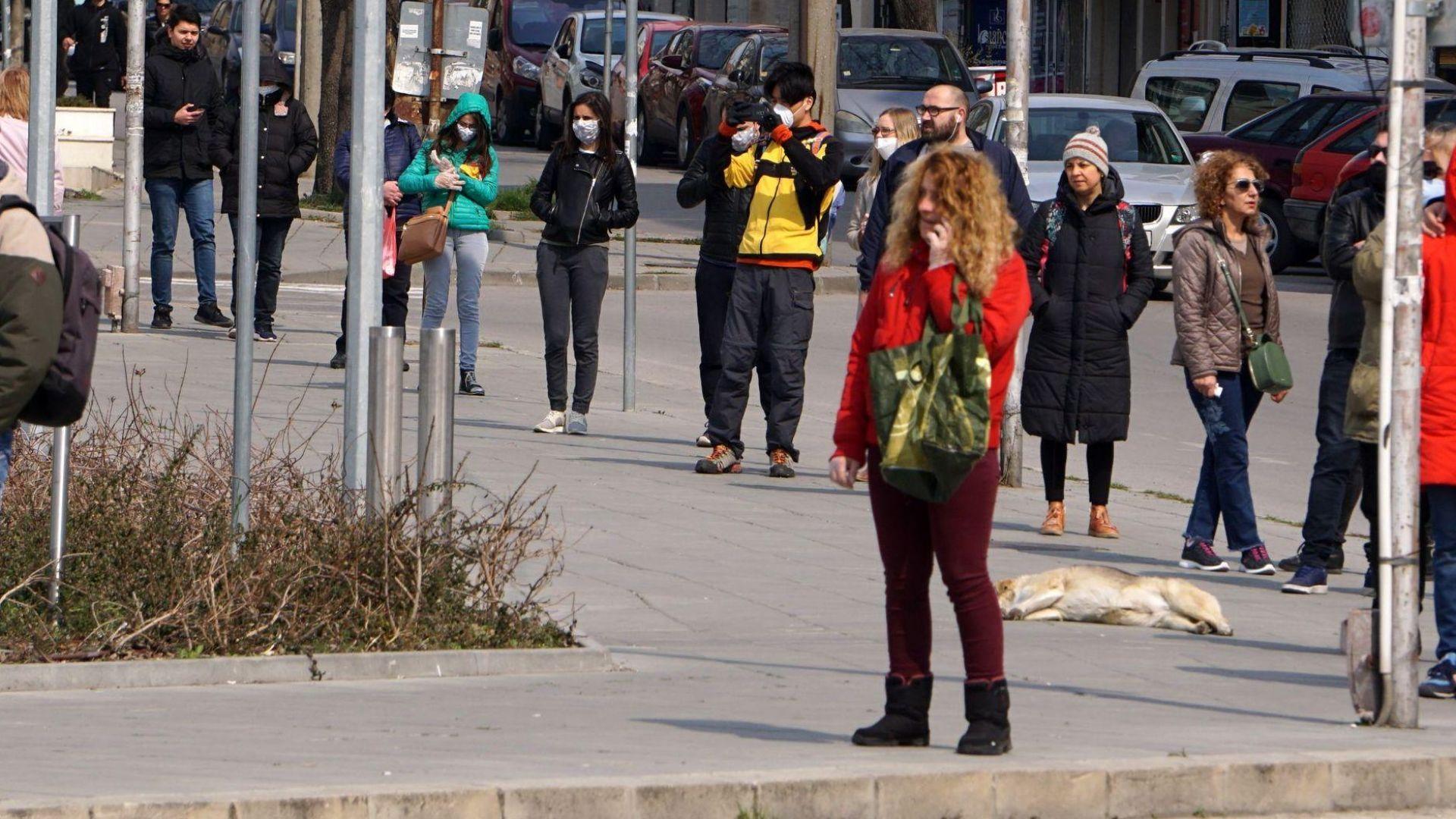 Пловдив връща ограниченията за влизане в хипермаркети, 70 акта в молове и барове в София