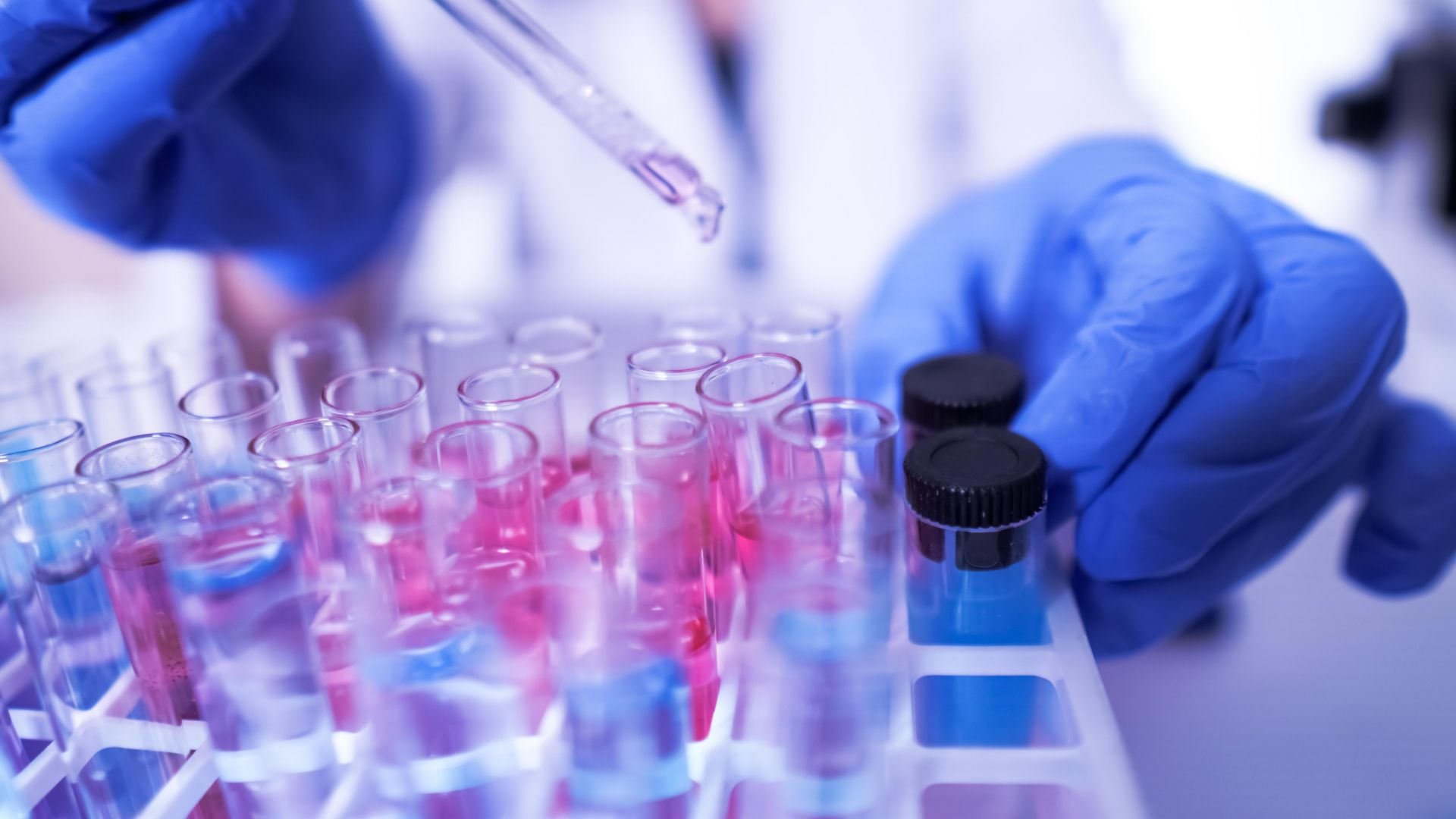 Български учени започват производство на препарати срещу Ковид-19